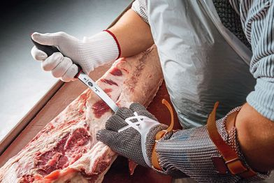 New butchers' knives: Effortless boning and cutting
